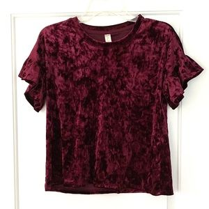 Altar'd State Harlow Velvet Top HOLIDAY BERRY XS